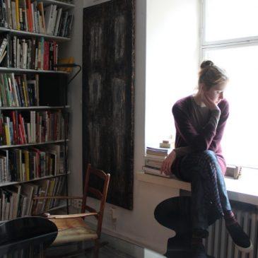 """Suunnittelija Laura Juslin: """"En ole koskaan suunnitellut mitään mustaa."""""""