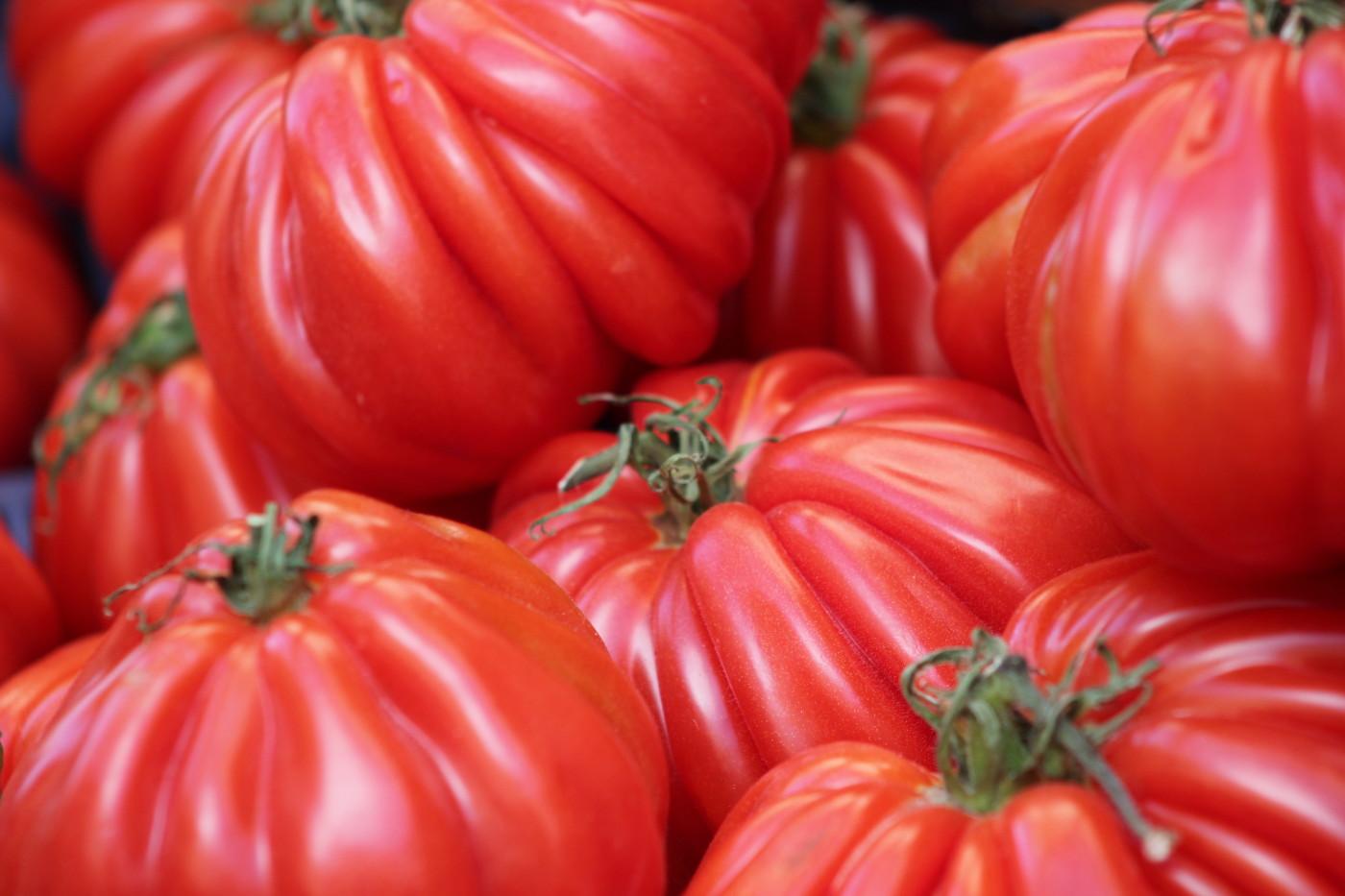 Ylistys tomaatille! Paljon makua vähällä vaivalla.