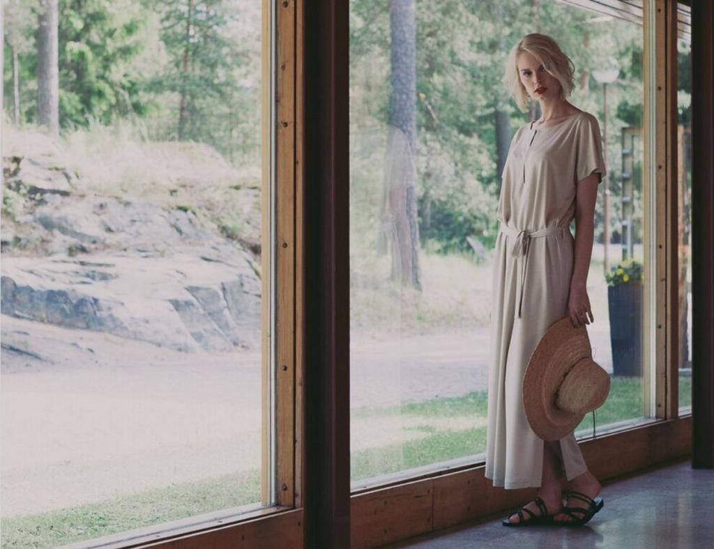 """Suunnittelija Kirsi Lille: """"Tiedostavan kuluttamisen eteneminen on hidasta"""" L I L O U ' s #lilous helsinkiläinen lifestyle-blogi Kaisa Pohjanvirta blogeuse finlandaise @KPohjanvirta #Helsinki #FinnishDesign"""