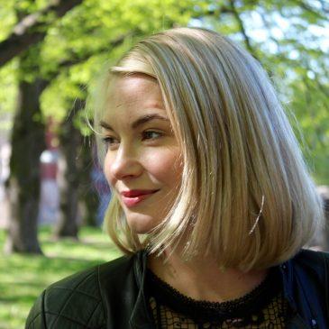 """Positiivisen psykologian harjoittaja Rosa Nenonen: """"Olen löytänyt oman juttuni."""""""