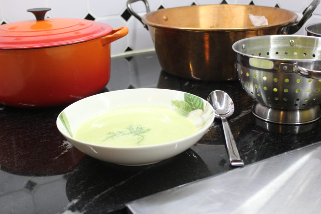 Purjo-perunakeitto L I L O U ' s #lilous lifestyle Kaisa Pohjanvirta #purjoperuna #ruoka #food #cuisine soupe aux poireaux