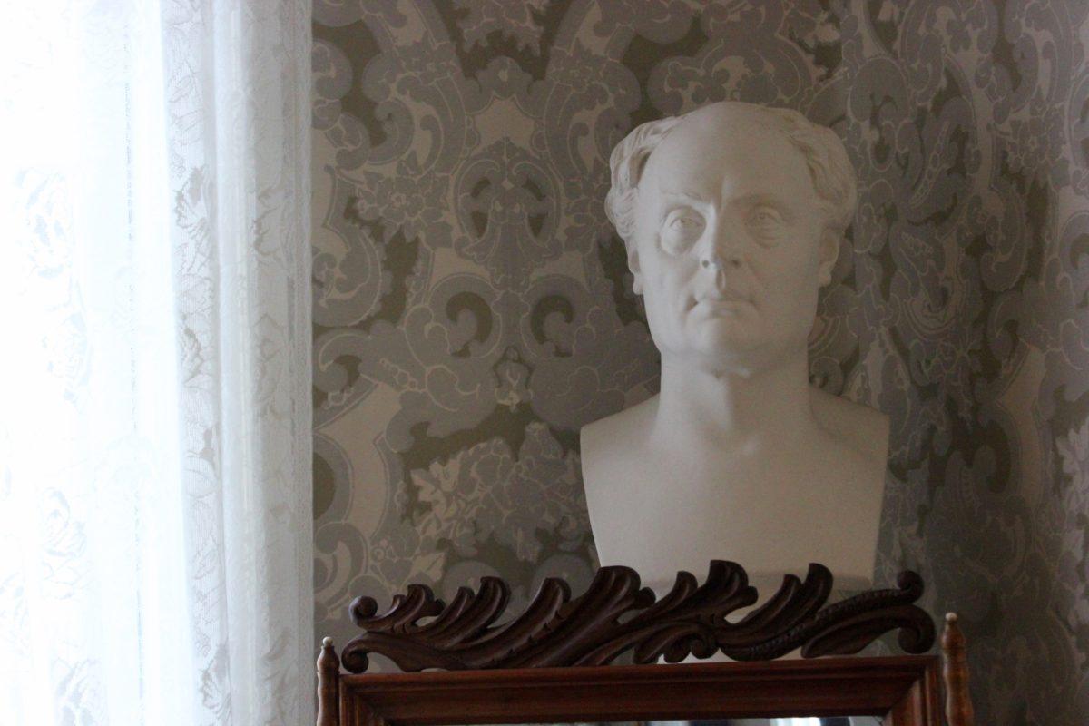 Hyvää Runeberginpäivää! L I L O U ' s #lilous lifestyleblogi Kaisa Pohjanvirta Runeberginpäivä 5.2. #visitPorvoo #JLRuneberg kansallisrunoilija Johan Ludvig Runeberg Fredrika Runeberg J.L.Runebergin koti Runebergintorttu
