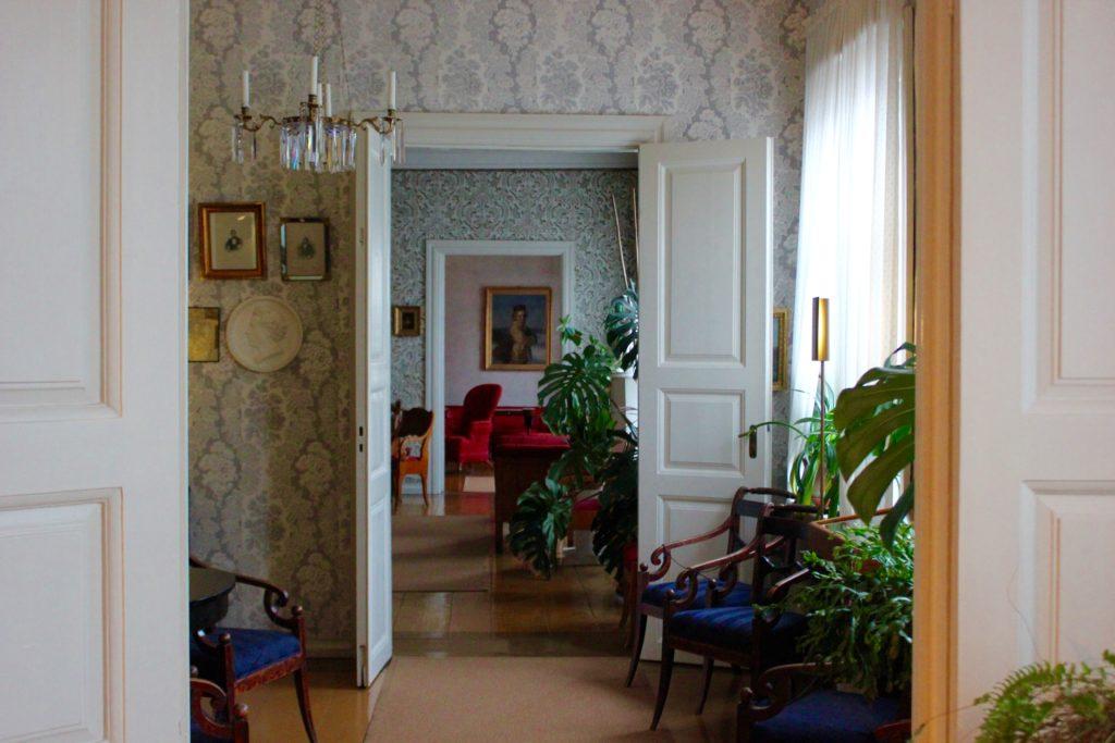Hyvää Runeberginpäivää! L I L O U ' s #lilous lifestyleblogi Kaisa Pohjanvirta Runeberginpäivä 5.2. #visitPorvoo #JLRuneberg JOhan Ludvig Runeberg Fredrika Runeberg J.L.Runebergin koti