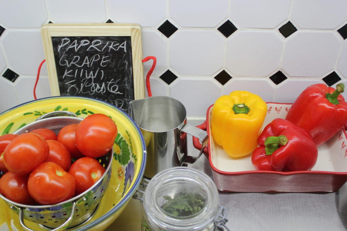 Kodin sydän L I L O U ' s #lilous lifestyle #cuisine #keittiö marmorilattia Keittiö, jonka remppa on vieläkin jokapäiväinen ilo. #keittiöremppa helsinki lifestyleblogi Kaisa Pohjanvirta