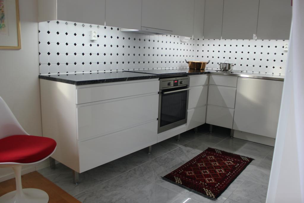 Kodin sydämen muodonmuutos L I L O U ' s #lilous lifestyle Kaisa Pohjanvirta keittiöremppa #ruoholahti