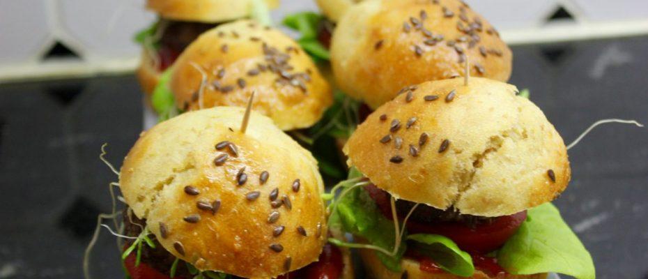 Arjen ruokaa ja iloja L I L O U ' s #lilous lifestyleblog Kaisa Pohjanvirta Helsinki Paris #nuudelisalaatti #vegeruoka #couscous #burger #ruoka #lifestyle