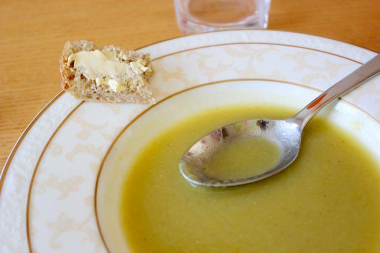 Spontaani juhla - fête des Mamies L I L O U ' s #lilous lifestyleblog Kaisa Pohjanvirta kotiruoka cuisine #fêtedesmamies