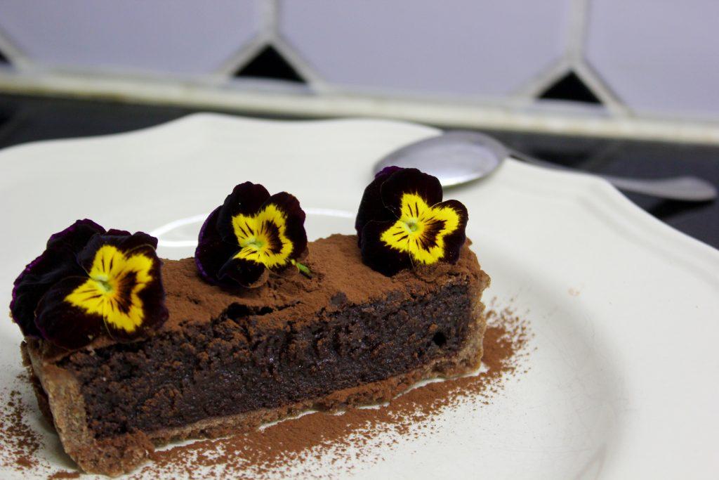 Suklaapiiras L I L O U ' s #lilous kotikeittiö #faitmaison #tarteletteauchocolat