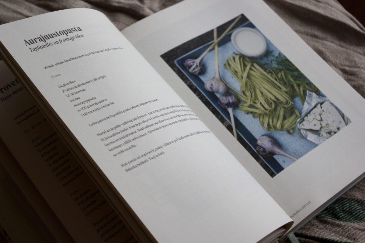 Tarte Tatin - suuri ranskalainen keittokirja L I L O U ' s #lilous lifestyleblogi Kaisa Pohjanvirta Prisca Leclerc Cosypublishing